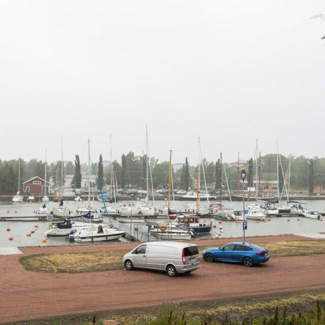 https://www.crusellasunnot.fi/wp-content/uploads/2021/08/kullervontie9C8_uusikaupunki-17-640x640.jpg